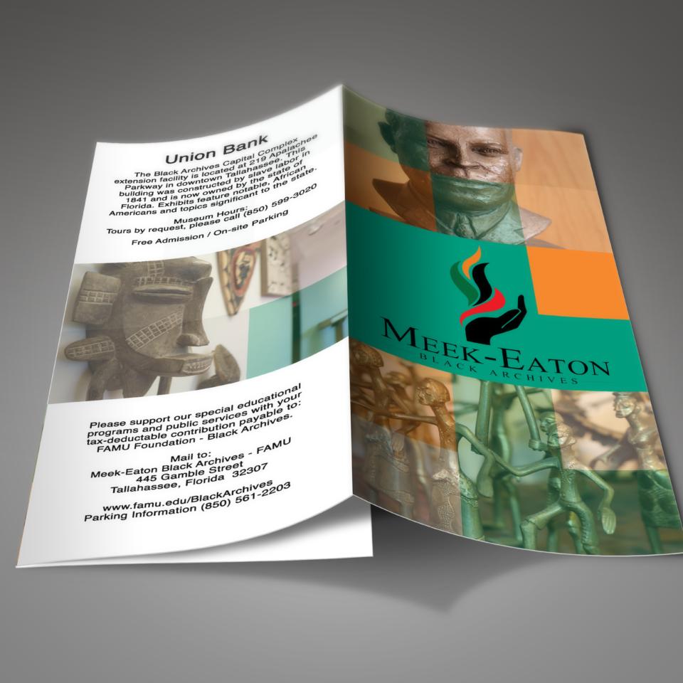 Black-Archive-Brochure-Mockup-4